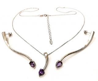Fei Lu Shooting Star Earrings & Necklace