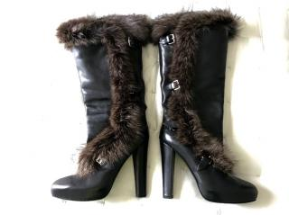 Hermes fox fur lined long black leather heeled boots