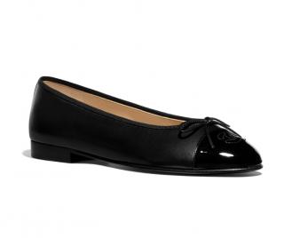 Chanel Black Cap-Toe Ballerina Flats