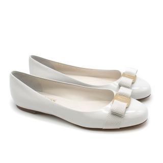 Salvatore Ferragamo Gold Varina Patent Vara Bow Ballet Flats