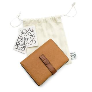 Loewe Light Caramel/Pecan Medium Vertical Leather Wallet