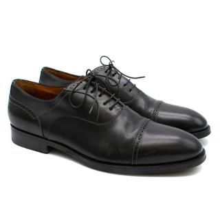 Santoni Black Leather Cap-Toe Brogues