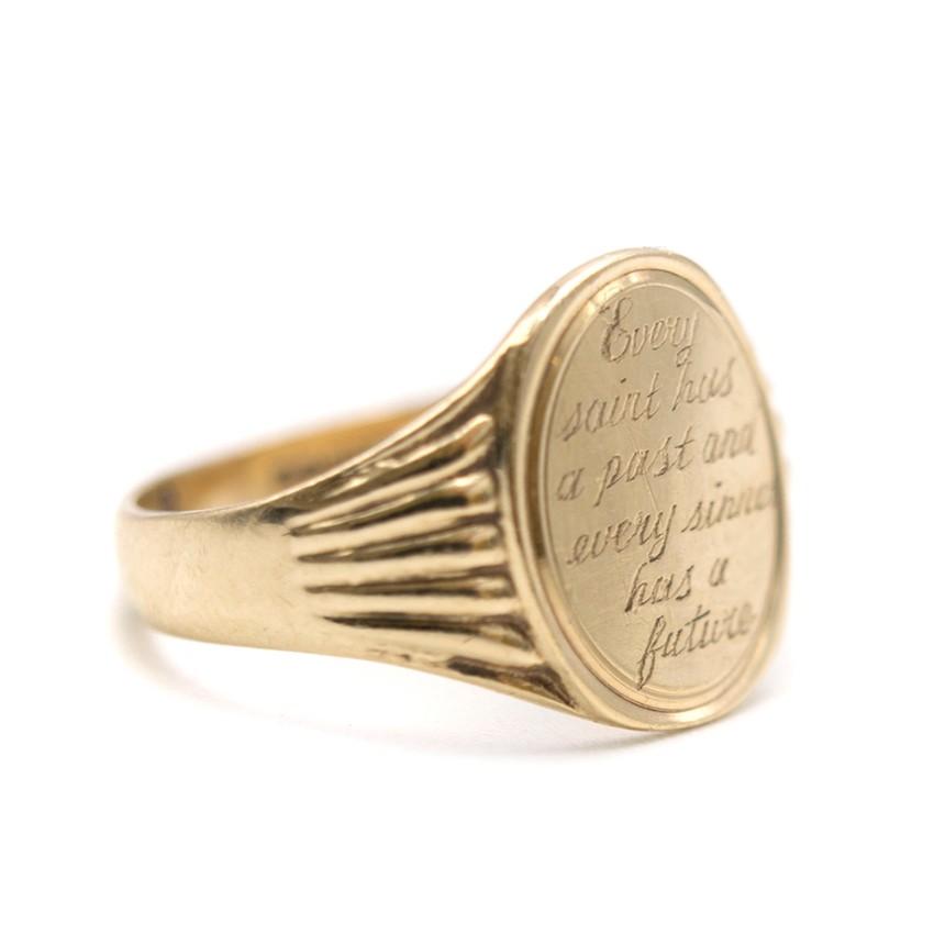 Annina Vogel 9kt Gold Engraved Oval Signet Ring