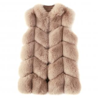 FurbySD Fox Fur Sleeveless Jacket