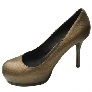 Yves Saint Laurent Gold Tribute Pumps