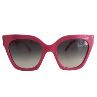 Marc Jacobs oversized pink sunglasses