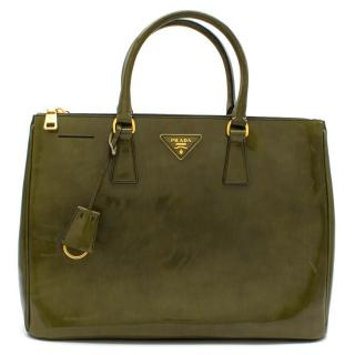 Prada Green Leather Galleria Top-handle Bag