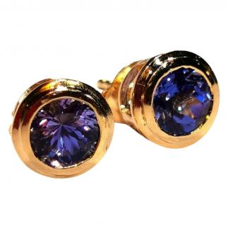 Bespoke Tanzanite solitaire earrings in 14ct gold.