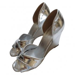 Scanlan Theodore silver wedge sandals