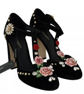 Dolce & Gabbana rose embellished black pumps