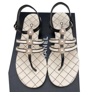 Chanel pearl detail flat sandals