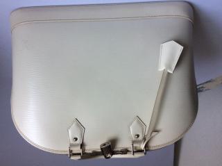 Louis Vuitton Ivory Epi Leather Alma GM
