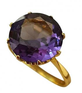 Bespoke 12mm Alexandrite solitaire ring in yellow gold