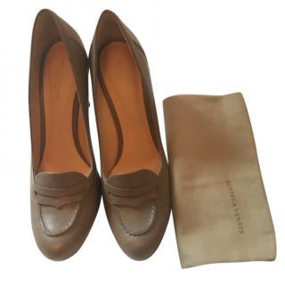 Bottega Veneta Taupe Leather Heeled Pumps