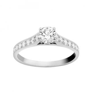 Van Cleef & Arpels Romance Solitaire Platinum Ring