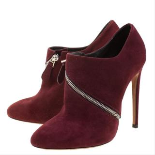 Alaia Burgundy Suede Zip Detail Booities