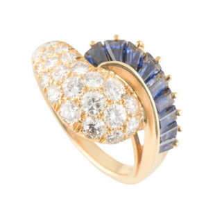 Oscar Heyman Yellow Gold Set Diamond Ring with Sapphire Twist