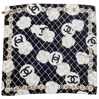 Chanel Black and White CC silk scarf/stole