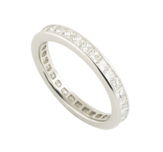 Fred Diamond Band Ring in a Platinum Setting