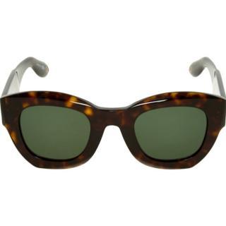 Givenchy GV 7060/S sunglasses in Dark Havana