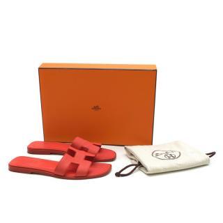 Hermes Rouge Pivoine Epsom Leather Oran Sandals
