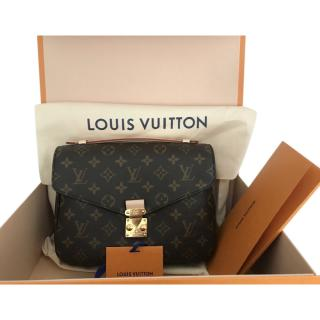 Louis Vuitton Monogram Pochette Metis Bag