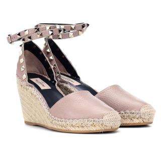 Valentino Garavani Rockstud Double leather wedge espadrilles