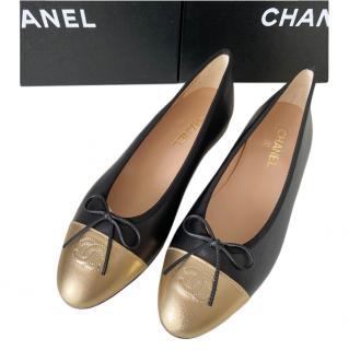 Chanel Black & Gold Calfskin Ballerina Flats
