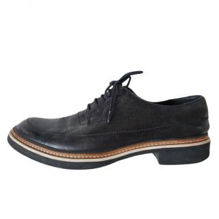 Alexander McQueen Black leather lace-up flat brogues