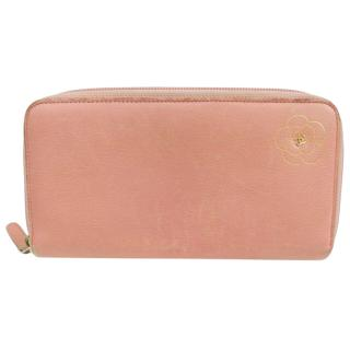 Chanel Camellia Coco Pink Leather Zippy Wallet