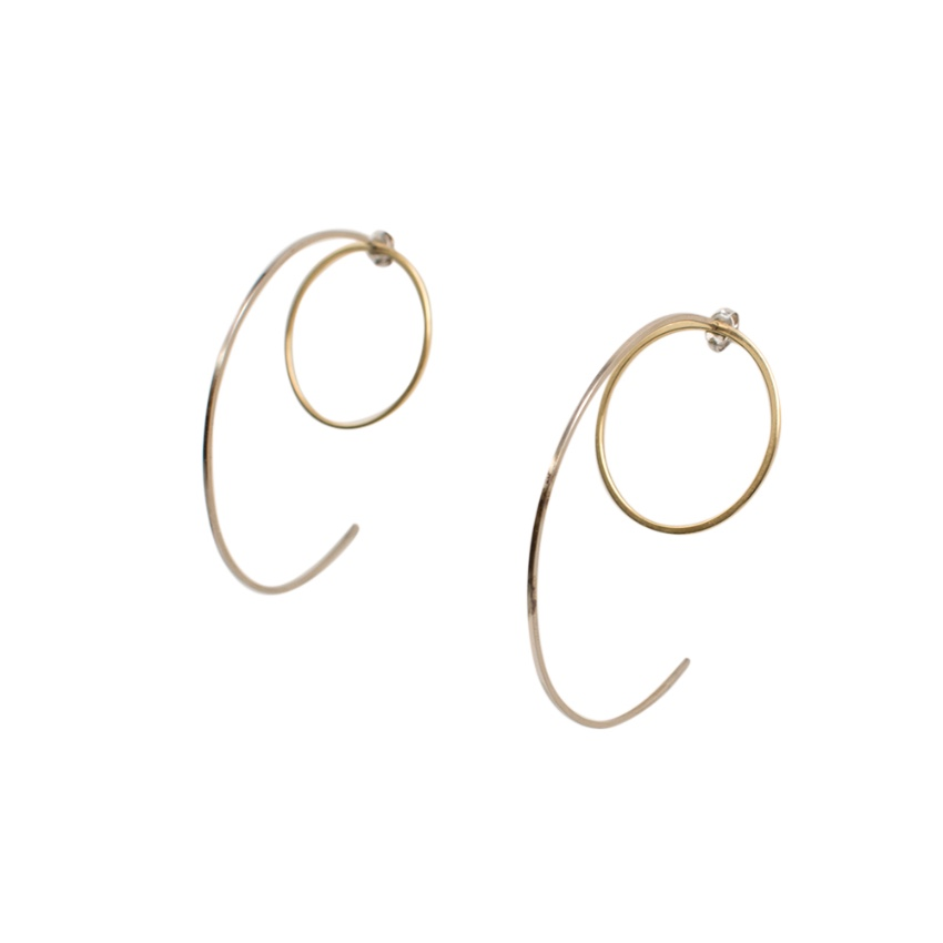 Lilian von Trapp Round Ones & Bow Earrings
