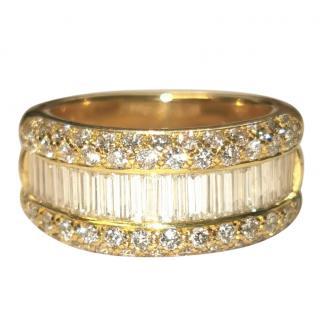 Bespoke Round & Baguette Cut Diamond Yellow Gold Ring