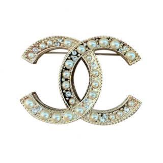 Chanel Faux Pearl CC Crystal Pin Brooch