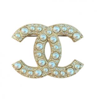 Chanel Gold Tone Faux Pearl CC Pin Brooch