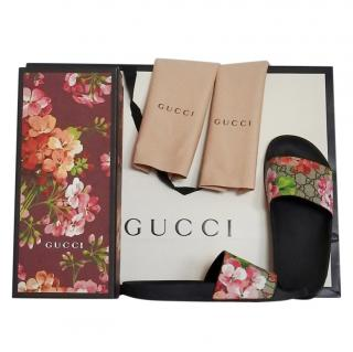 Gucci Blooms floral logo sliders