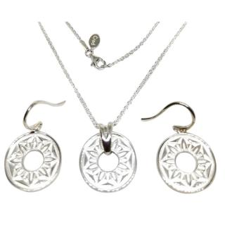 Cred Bespoke Disc Pendant Necklace & Earrings
