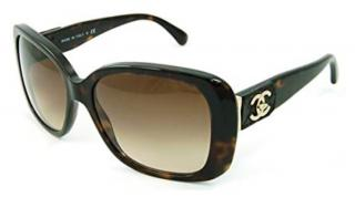 Chanel 5234 Tortoiseshell CC Turnlock Sunglasses