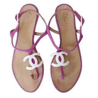 Chanel Pink Lizard Flat CC Sandals