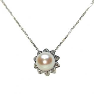 Bespoke French Akoya pearl and diamond pendant