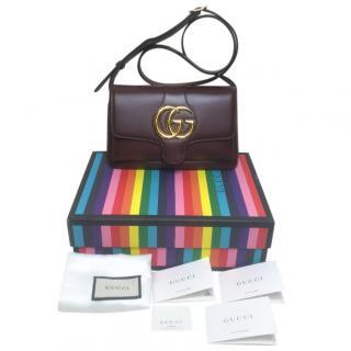 Gucci's Arli deep burgundy shoulder bag