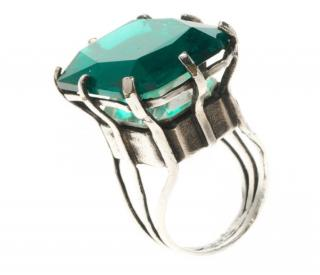 Lanvin Silver Tone Emerald Green Cocktail Ring
