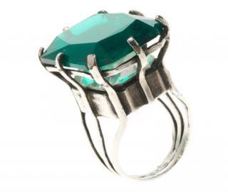 Lanvin Silver Tone Emerald Green Cocktail Ring