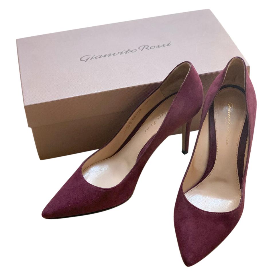 gianvito rossi burgundy pumps
