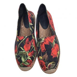 Dolce & Gabbana Black & Red Rose Print Esapdrilles