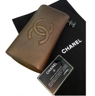 CHANEL chain detailed bronze bifold wallet