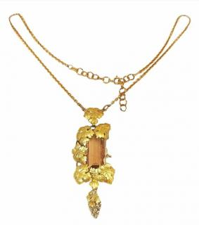 Bespoke natural quartz and yellow gold vine leaf necklace