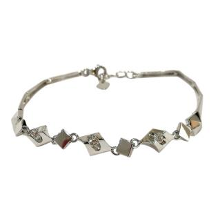 Lukfook white gold pyramid style diamond bracelet