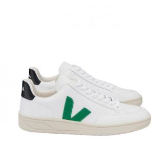 Veja V-12 white/green flash trainers