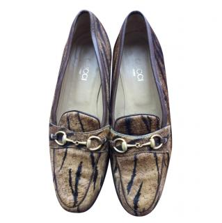Gucci Pony Hair Jordaan Tiger Print Loafers