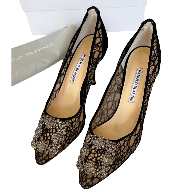 Manolo Blahnik Black Lace Hangisi Pumps